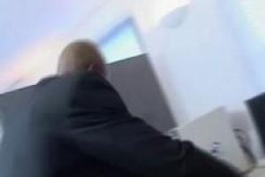 Порно со стюардессой всегда интересно и возбуждающе