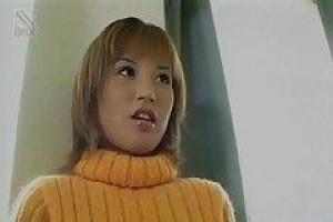 азиат малыш, Иуу Катаджири нравится позволять ее друзьям играть с ее волосатой киской целый день